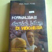 Buku Formalisasi Syariat Islam Di Indonesia (25714007) di Kota Semarang