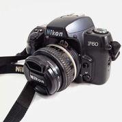Kamera Nikon F60 & Lensa Manual Nikkor Fix 50mm F1.4. Kamera Analog Kondisi Bagus Terawat. (25722687) di Kota Jakarta Selatan
