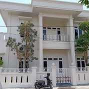 Rumah Mewah Bangunan Baru Ada Pavilyun Dan Balkon Luas (25733631) di Kab. Sleman