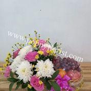 Parcel Buah Dan Rangkaian Bunga Asli (25825979) di Kota Banjarmasin