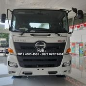 Harga Truck Tractor Head Trailer Tronton Hino FM 350 TH (25843111) di Kab. Bekasi