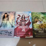Novel Set Shatter Me Unravel Ignite Tahereh Mafi Trilogi Trilogy Paket Buku Bekas Preloved Fantasi (25848399) di Kab. Probolinggo