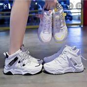 Sepatu Sport Wanita (25975143) di Kab. Bone