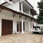 Rumah Mewah 2 Lantai Kemang Jakarta Selatan (26045643) di Kota Jakarta Selatan