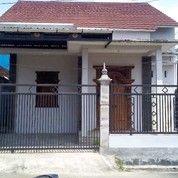 Rumah Modern Klasik 2 Lantai Kota Salatiga (26055387) di Ungaran