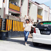 Harga Murah Dengan 2 Lantai    Lokasi Utara Hotel The Alana SOLO (26073755) di Kota Surakarta