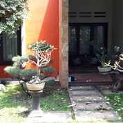 Rumah Mewah Include Kolam Renang Pribadi (26083011) di Kota Semarang