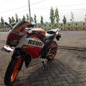 Honda CBR REPSOL 150CC TAHUN 2014 MURAH (26084367) di Kab. Sidoarjo