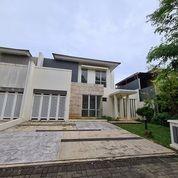 Rumah Depan Taman Di Cajuputi, De Park, BSD (26167691) di Kota Tangerang