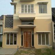 Dapatkan Rumah Baru Lantai 2,5 Bersih Luas Dan Rapih Gunung Permai (26168391) di Kab. Tangerang
