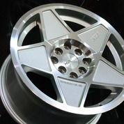 Velg Mobil R15 Pelek Racing MAGICAL L1142 HSR Ring 15 Murah - Daihatsu Sigra Xenia New (26174159) di Kab. Serang