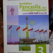 Pendidikan Pancasila Dan Kewarganegaraan 3 Untuk SMA/MA Kelas XII Oleh Yuyus Kardiman, Dkk. (26210307) di Kab. Bandung