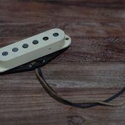 Fender Stratocaster Japan VINTAGE REISSUE Middle Pickup (26221627) di Kota Jakarta Timur