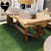 Furniture Meja Makan Kayu Trembesi Furniture Suar Code: U8U (26260027) di Kab. Indramayu
