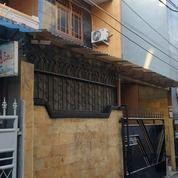 Rumah Pribadi Di Kebon Jeruk, 2 Lantai SHM (26260619) di Kota Jakarta Barat