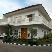 Rumah Hook Dian Istana Rayan Regency Terawat Siap Huni (26288939) di Kota Surabaya