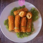 Risoles Berbagai Macam Isi (Ayam & Sayur) Frozenfood (26308775) di Kota Bandung