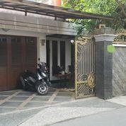 Rumah Mewah Di Jatinegara Jakarta Timur (26308835) di Kota Depok