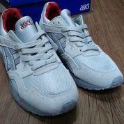 Sepatu Asics Gel Lyte V Night Shade Pack Light Grey (26406455) di Kota Bandung