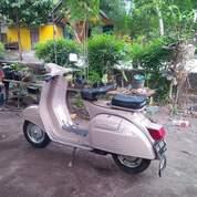 Vespa Super Tahun 1977 Coklat Muda (26483643) di Kota Bogor
