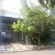 Rumah Purimas Tanah Lot Jalan Utama Double Way (26489919) di Kota Surabaya