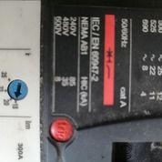 MURAH Banget 99% Baru MCCB 3 Phase Scheneider NSX 100F Ukuran 18-25 Amp (26538191) di Kab. Bogor