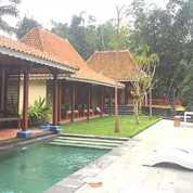 Rumah Villa Kolam Renang Jalan Kaliurang Atas Area Sejuk Dan Nyaman (26571503) di Kab. Sleman
