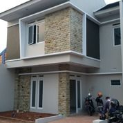 Rumah Tingkat Baru Dekat Tol Jatiasih 21yh! (26573419) di Kota Bekasi