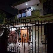 Rumah FULL FURNISH Ada Ac Di Taman Modern (26594519) di Kota Jakarta Timur