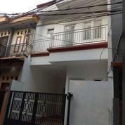 Rumah Minimalis 2 Lt 900 Jt Di Srengseng Sawah Jakarta Selatan (26638327) di Kota Jakarta Selatan