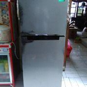 Kulkas Samsung 2 Pintu RT20FARWDSA (26662027) di Kota Jakarta Timur