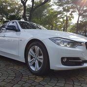 BMW 320i Sport AT 2014,Sedan Sportif Yang Berkelas (26671975) di Kab. Tangerang