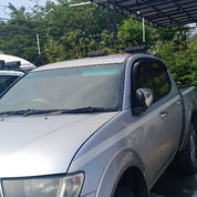 Mitsubishi Strada GLS Double Cabin 4x4 2011 (26679327) di Kota Balikpapan