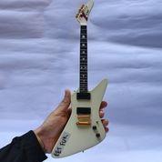 Miniatur Gitar ESP MX 220 'Eet Fuk' James Hetfields (26708715) di Kota Madiun