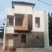Rumah Mewah Minimalis 2 Lantai Lokasi Strategis Selangkah Ke Stasiun LRT Cikunir (26720871) di Kota Bekasi