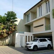 Rumah Cantik Minimalis 3 Lantai Manyar Kertoarjo (26721067) di Kota Surabaya