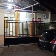 SEMI FURNISH Rumah STRATEGIS Sukolilo Dian Regency (26765195) di Kota Surabaya