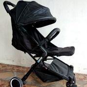 Prelove Stroller Baby Does Esmio, Kondisi 90% Mulus Seperti Baru (26768475) di Kota Jakarta Timur