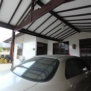 Rumah POSISI HOEK CANTIK BERSIH Di Harapan Indah (26805567) di Kota Bekasi
