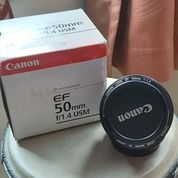 Lensa Canon Fix Ef 50mm F1.4 (26955547) di Kota Jakarta Barat