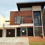Rumah Mewah Dan Besar The AVANI Cluster Deshna Sudah Renovasi (26987395) di Kota Tangerang Selatan