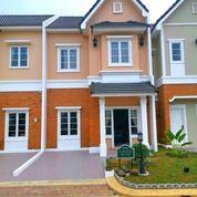 Rumah Villa Berkonsep Eropa Di Medan Selatan, Merci (27043599) di Kota Medan