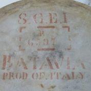 Meja Marmer Bulat Kuno Antik VOC Belanda Cap Merah (27058347) di Kab. Madiun