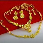 Beli Emas Dan Periasan Tanpa Surat COD (27098775) di Kota Tangerang Selatan