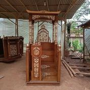 Mimbar Masjid Khutbah Podium Kayu Jati Berkualitas 72728 (27101879) di Kota Jakarta Barat
