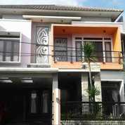 Rumah SIAP HUNI SEMI FURNISH Di Pesona Khayangan Juanda Depok (27114427) di Kota Depok