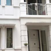 Rumah Full Furnish Di Royak Residence 2 Lantai (27228083) di Kota Jakarta Timur