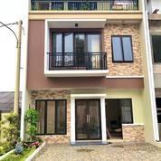"""Rumah Baru Minimalis Konsep """"Smart Home Dan Rooftop Garden"""" Di Bekasi (27280283) di Kota Bekasi"""
