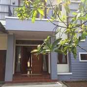 Rumah Di Heliconia, Kota Harapan Indah Bekasi (27301679) di Kota Bekasi