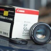 Canon 50m F/1.4 (27323067) di Kota Malang